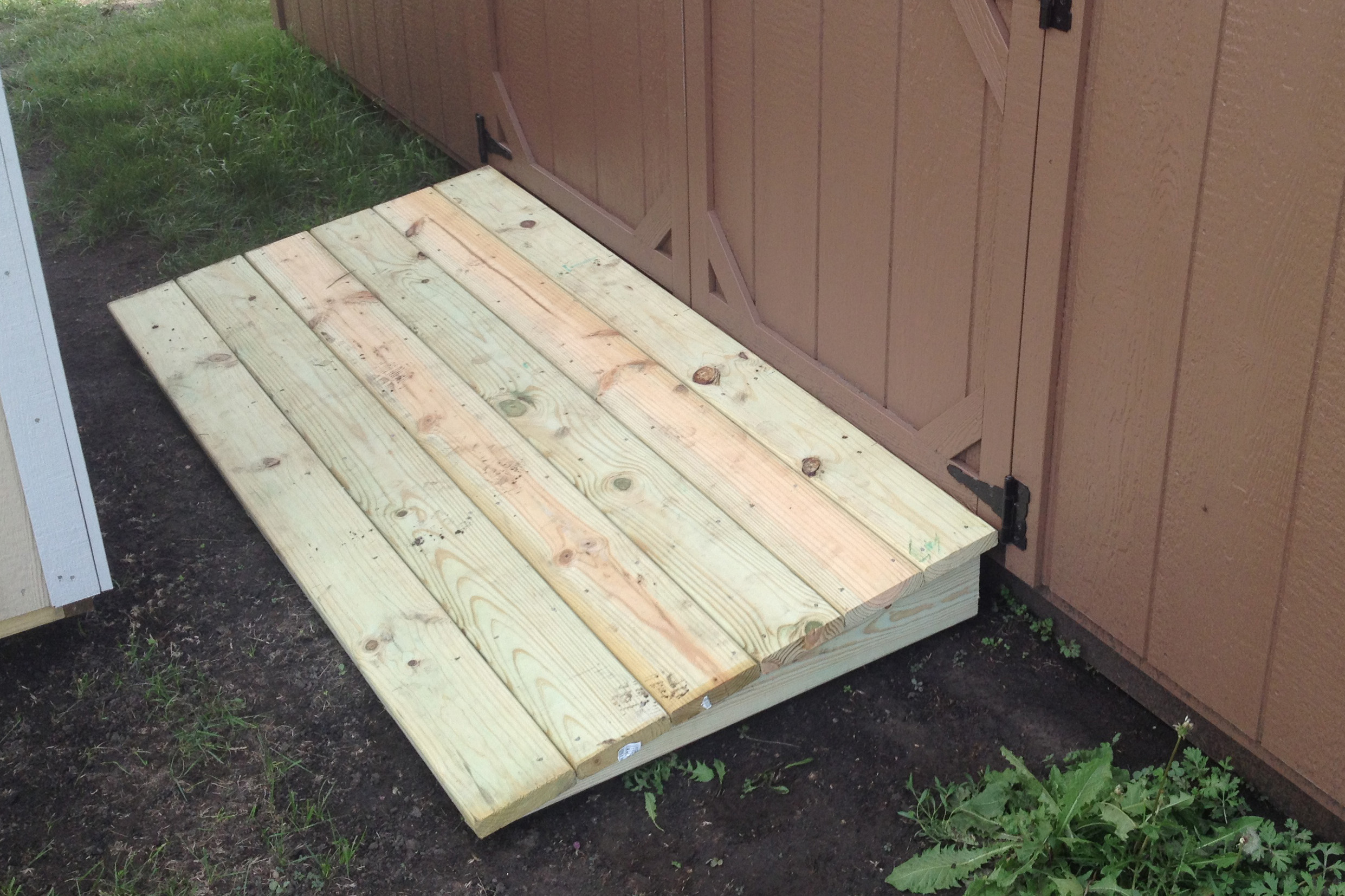 storage shed ramp